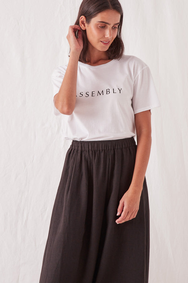 ASSEMBLY-LABEL-CLARA-TEE-WHITE/BLACK