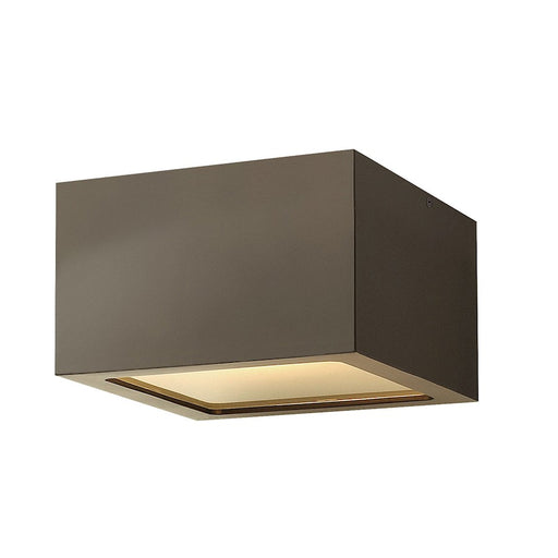 Hinkley Lighting 1 Light Kube Outdoor Flush Mount