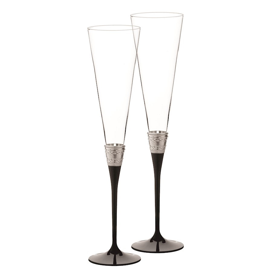 Vera Wang Wedgwood With Love Noir Toasting Flute in Pair