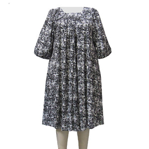 Black & White Floral Garden Float Dress Women's Plus Size Dress