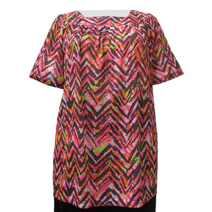 Vibrant Zig Zag Short Sleeve Square Neck Pullover Women's Plus Size Top