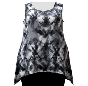 Smokey Haze Shark Bite Hem Tank Top Women's Plus Size Tank Top