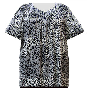 Black Ocicat V-Neck Pullover Women's Plus Size Top