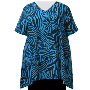 Blue Zebra V-Neck Pullover Women's Plus Size Pullover Top