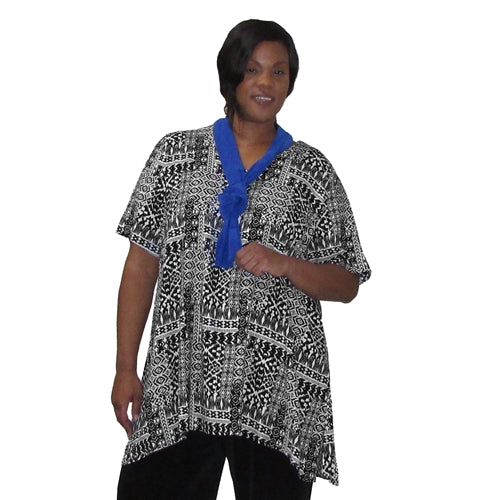 Black & White Tribal V-Neck Pullover Women's Plus Size Pullover Top