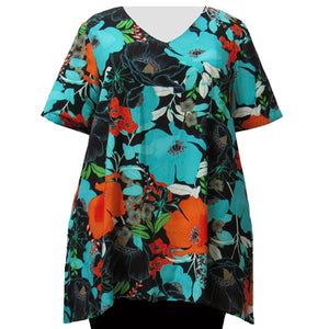 Turquoise Blossoms V-Neck Pullover Women's Plus Size Pullover Top