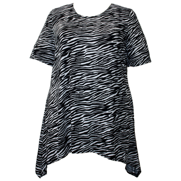 A Personal Touch Women's Plus Size Short Sleeve Round Neck Sharkbite Hem Pullover Top