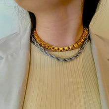 Load image into Gallery viewer, Bossy Necklace