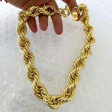 Load image into Gallery viewer, Giga Rope Necklace