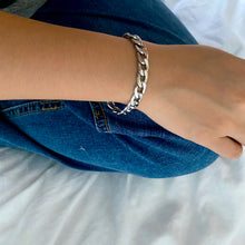 Load image into Gallery viewer, Link Chain Bracelet - Silver