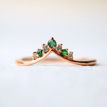Salt and Pepper Diamond with Natural Emerald Chevron V Ring in 14K Gold (LR1229)