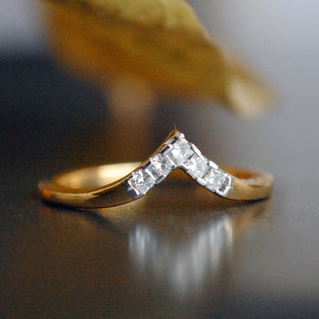 Princess Cut Diamond V Band in 14k Solid Gold (LR310)