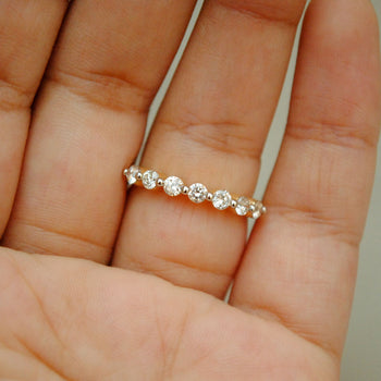 2.6mm Single Prong Diamond Band, 14K Yellow Gold 7 Diamond Straight Band (LR417)