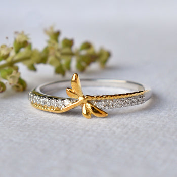Dragonfly Ring in Gold and Diamond, Damselfly Ring (SLR002)
