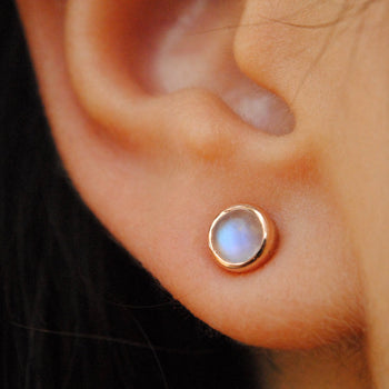 5mm Round Cabochon Rainbow Moonstone Gold Stud Earrings