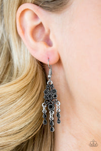 "Paparazzi Earrings ""Spring Bling"" - Black"