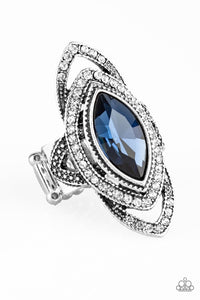 "Paparazzi Ring ""Hot off the Empress"" - Blue"