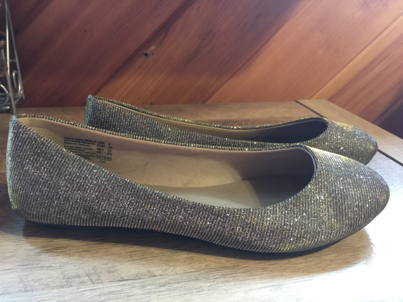 LADIES Shoes, Flats by Lower East Side, Size 8