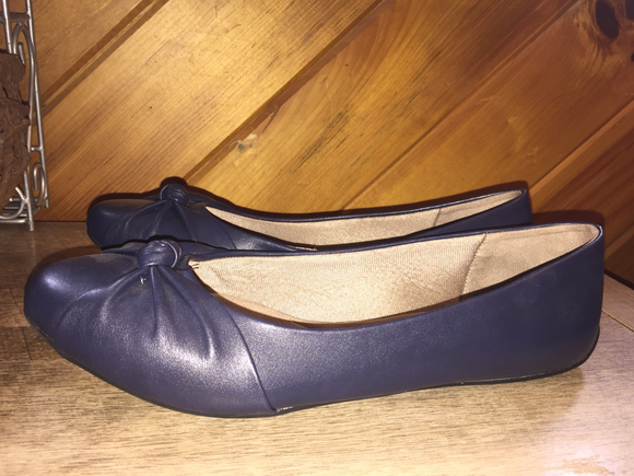 LADIES Shoes, Flats by Life Stride, Size 11