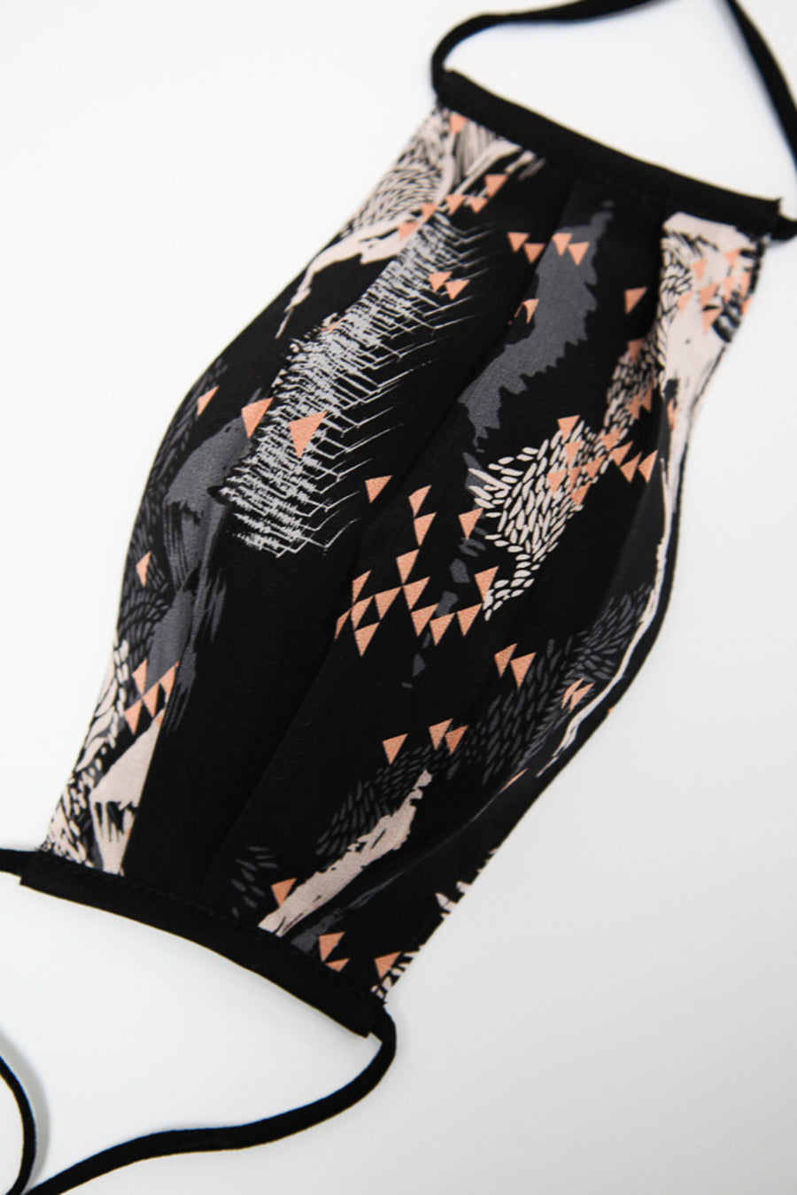 Face Cover in Black (Tate Print) Traditional Elastic