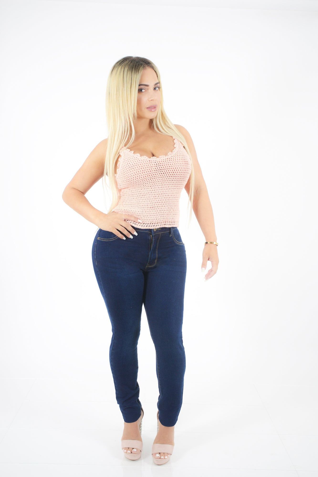 COMFY HIGH RISE JEANS