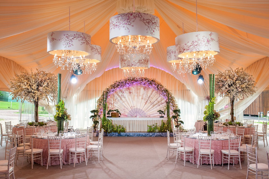 4 Amazing Ways to Decorate Your Event Venue in Your Budget