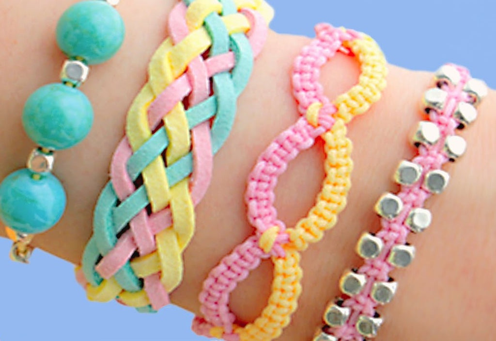 7 Steps to Make a Beautiful Bracelet Using Rattail Cord and Plastic Beads