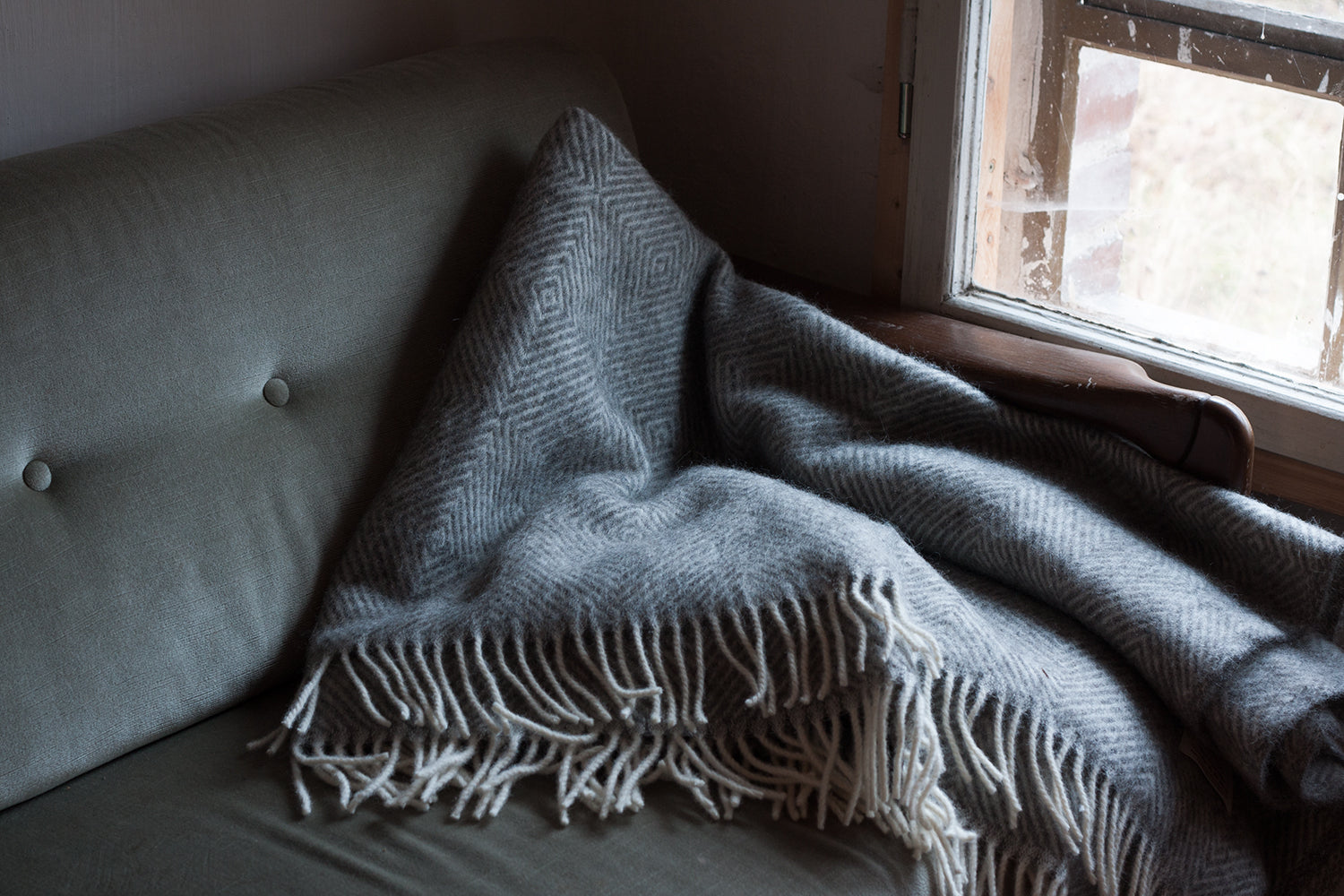 Wool Blanket with diamond pattern