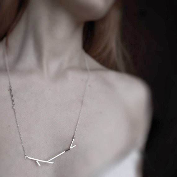 STICKS NECKLACE