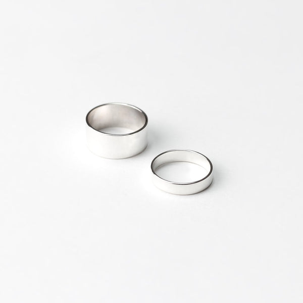 ESSENTIAL SILVER FLAT BAND RING - MIRTA jewelry