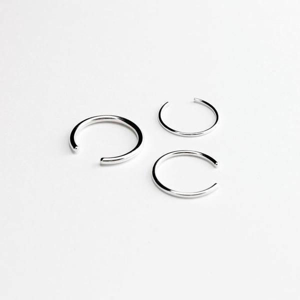 ESSENTIAL OPEN BAND SILVER RING