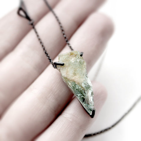 AQUAMARINE ROCK NECKLACE