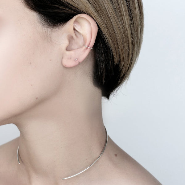 ESSENTAL SILVER EAR CUFF