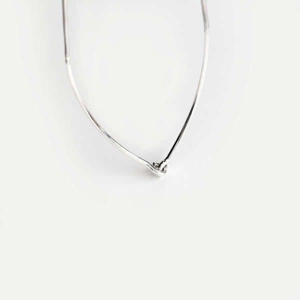 HOOK & EYE NECKLACE