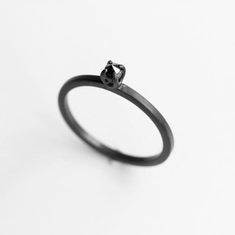 DIAMOND THORN RING