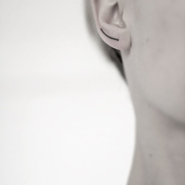 LINE 03 OXIDIZED EARRING