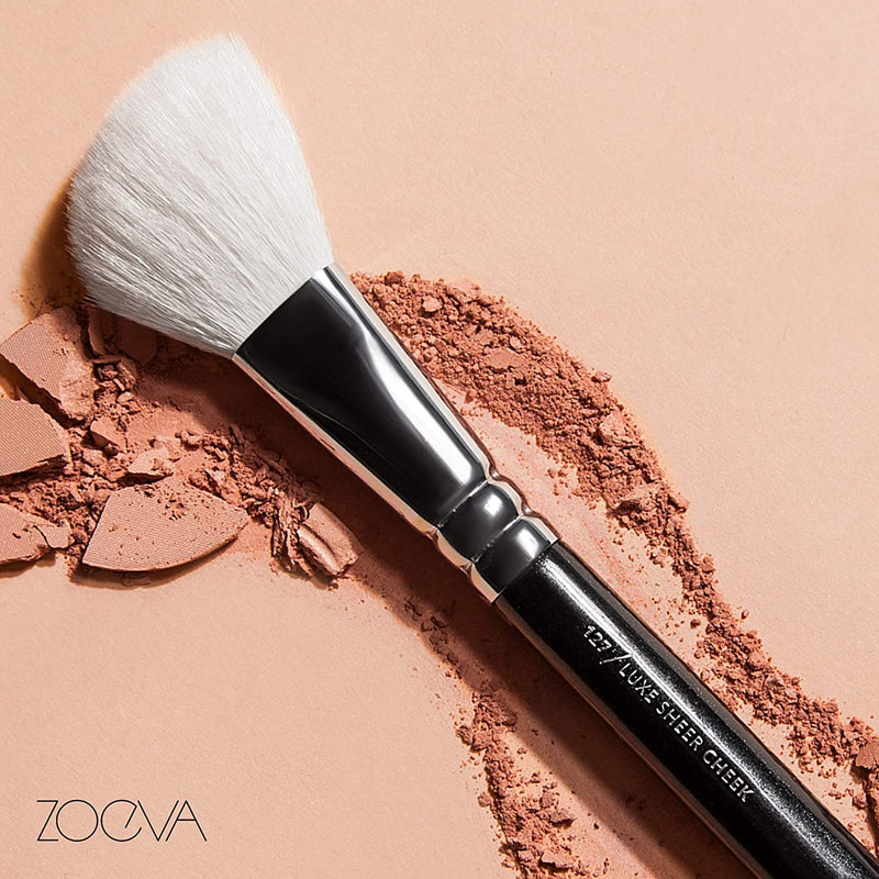 ZOEVA 127 Luxe Sheer Cheek Makeup Brush