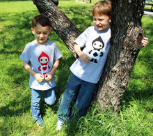 Load image into Gallery viewer, The Trumps - Heart - Alice's Adventure in Wonderland - Kids T-shirt