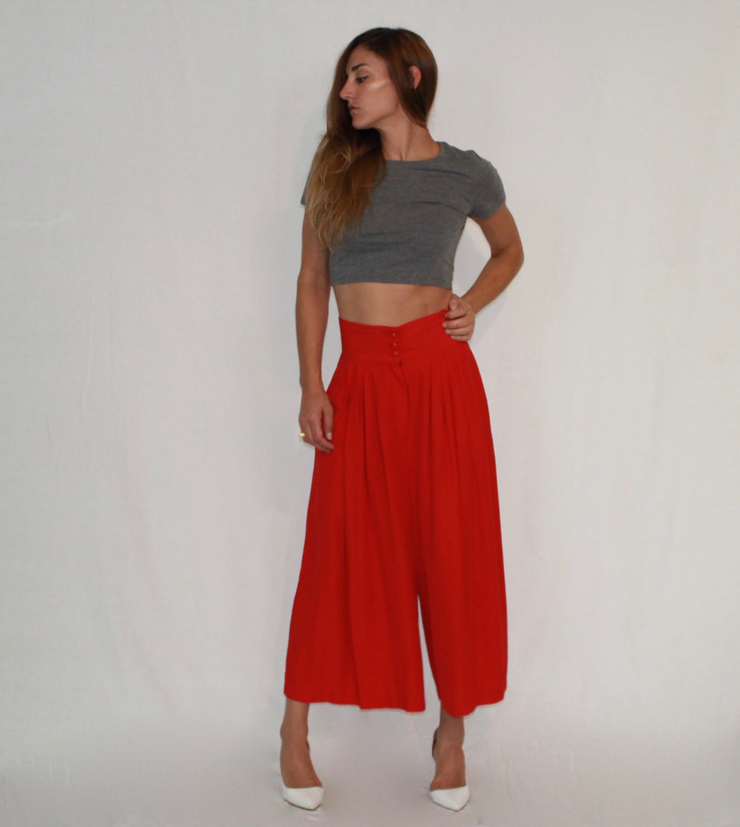 ALANA 3-BUTTON GAUCHOS - The Funding Ninjas