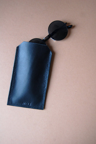 Minimal black leather glasses smartphone case Melì