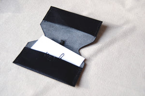Minimal cardholder wallet Italian leather handcrafted in Berlin Melì