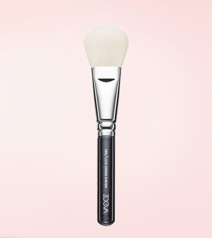 126 Luxe Cheek Finish Pinsel -  - ZOEVA DE