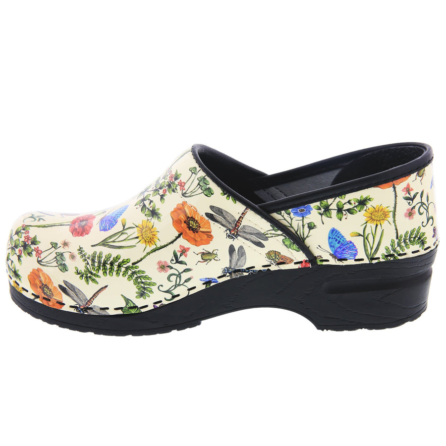 PROFESSIONAL Dahlia Leather Clogs