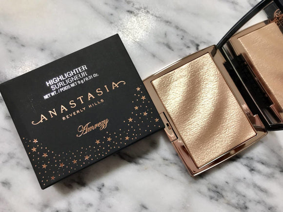 Anastasia Amrezy Highlighter