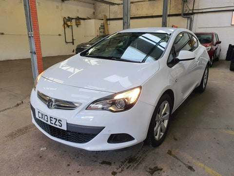 Vauxhall Astra GTC Coupe 2.0 CDTi 16V Sport 3d - Best Price Car Sales Ltd