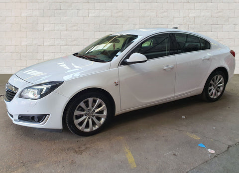 Vauxhall Insignia Hatchback 2.0 CDTi (170bhp) Elite Nav 5d Auto Best Price Car Sales ltd