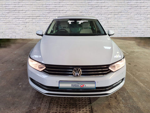 Volkswagen Passat Saloon 2.0 TDI SE Business 4d DSG-Best Price Car Sales ltd