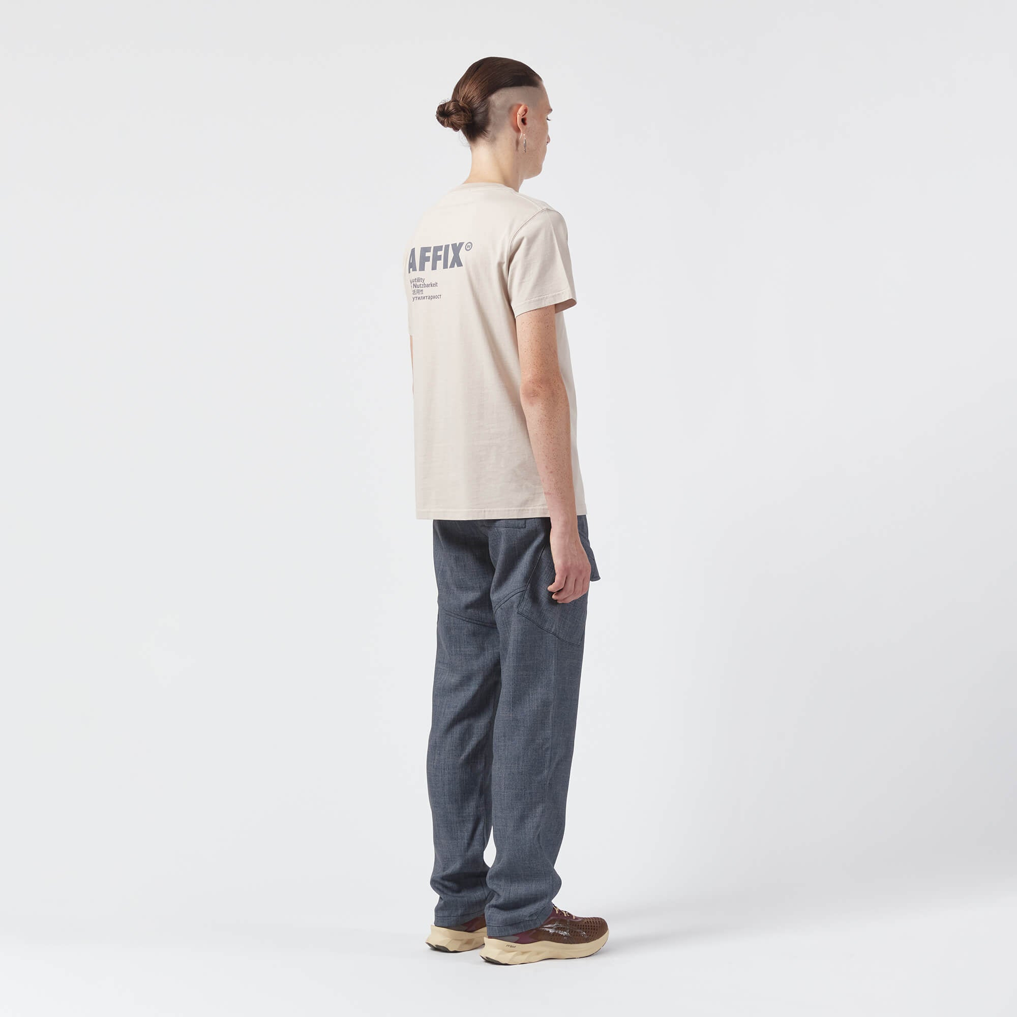 AFFIX WORKS AFFXWRKS STANDARDISED LOGO T-SHIRT TAUPE