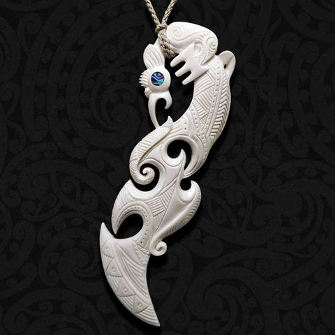 Large Manaia Bone Carving Necklace 02