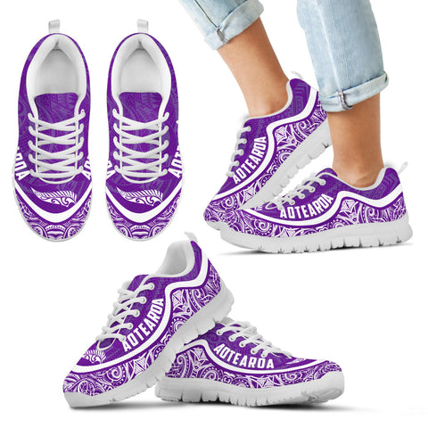 Aotearoa Wave Sneakers - White Purple Color Maori Pattern TH0